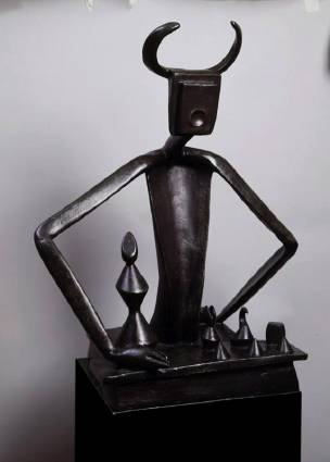 """Max Ernst – """"King Playing with Queen"""", 1944 (cast 1954), Bronze"""